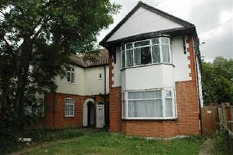 Property image of home to let in Rosedale Road, Romford