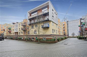 Property in Metcalf Court, SE10