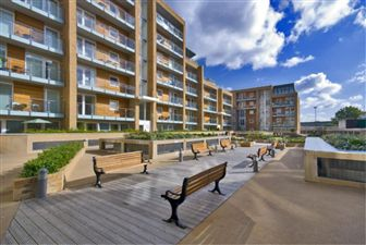 Property in Viridian Apartments, Battersea, SW8