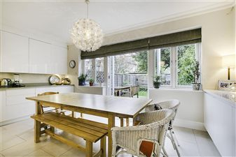 Property in Rosedew Road, Hammersmith, London