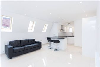 Property in Hendon Way, Cricklewood, NW2