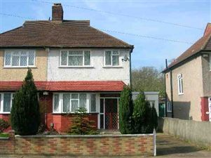 Property image of home to let in Longhill Road, Catford