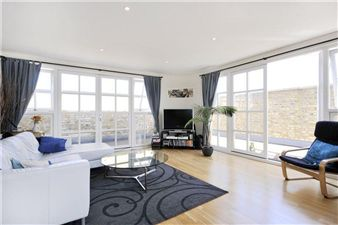 Property in Clare Lane, London N1