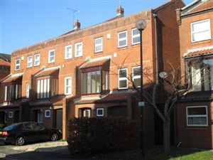 Property in Harbourside, Challoner Court, BS1 4RG
