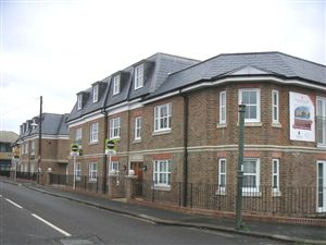 Property image of home to let in Station Road, Hampton