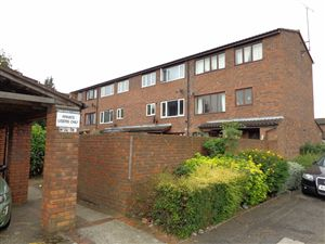 Property image of home to buy in Marshall Drive, Hayes