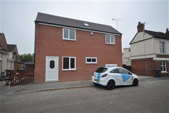 Property in Dominion Road, Swadlincote, Swadlincote