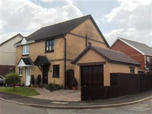 Property in Penygroes
