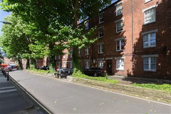 Property in Cromwell Avenue, W6