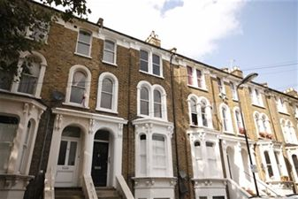 Property in Glenarm Road, Clapton
