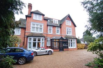 Property in Lake Road, Wimbledon