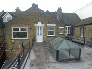 Property image of home to let in Station Road, Upminster