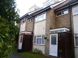 Property in Harriet Way, Bushey Heath