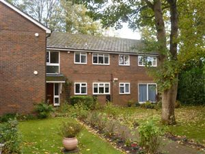 Property in Pinewood Lodge, The Rutts, Bushey Heath