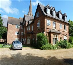 Property in Hitchman Court, Leamington Spa