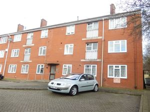 Property in Haseley Close, Leamington Spa