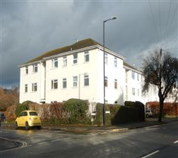 Property in Bridge House, Leamington Spa