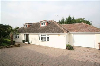 Property in Presdales Drive, Ware