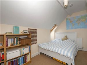 Property in Banbury Road, Summertown, Oxford