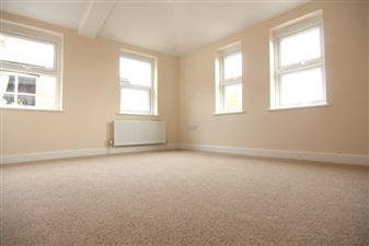 Property in High Road, Finchley