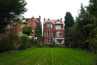 Property in Lindfield Gardens, Hampstead, NW3