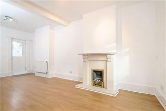 Property in St. Cloud Road, West Norwood