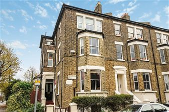Property in Thurlow Hill, West Dulwich