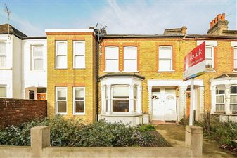 Property in Fountain Road, Tooting