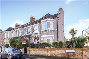 Property in Wilton Road, Colliers Wood