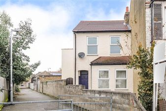Property in Lilian Road, Streatham Vale