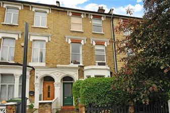 Property in Lancaster Road, Stroud Green